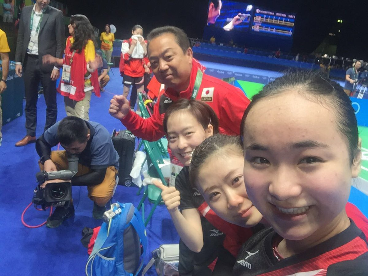 #JPN Ito, Fukuhara, Ishikawa & coach Murakami afer winning #Bronze! #TableTennis #Rio2016 @nhk_news @Japan_Olympic https://t.co/8kVlaPzSVW