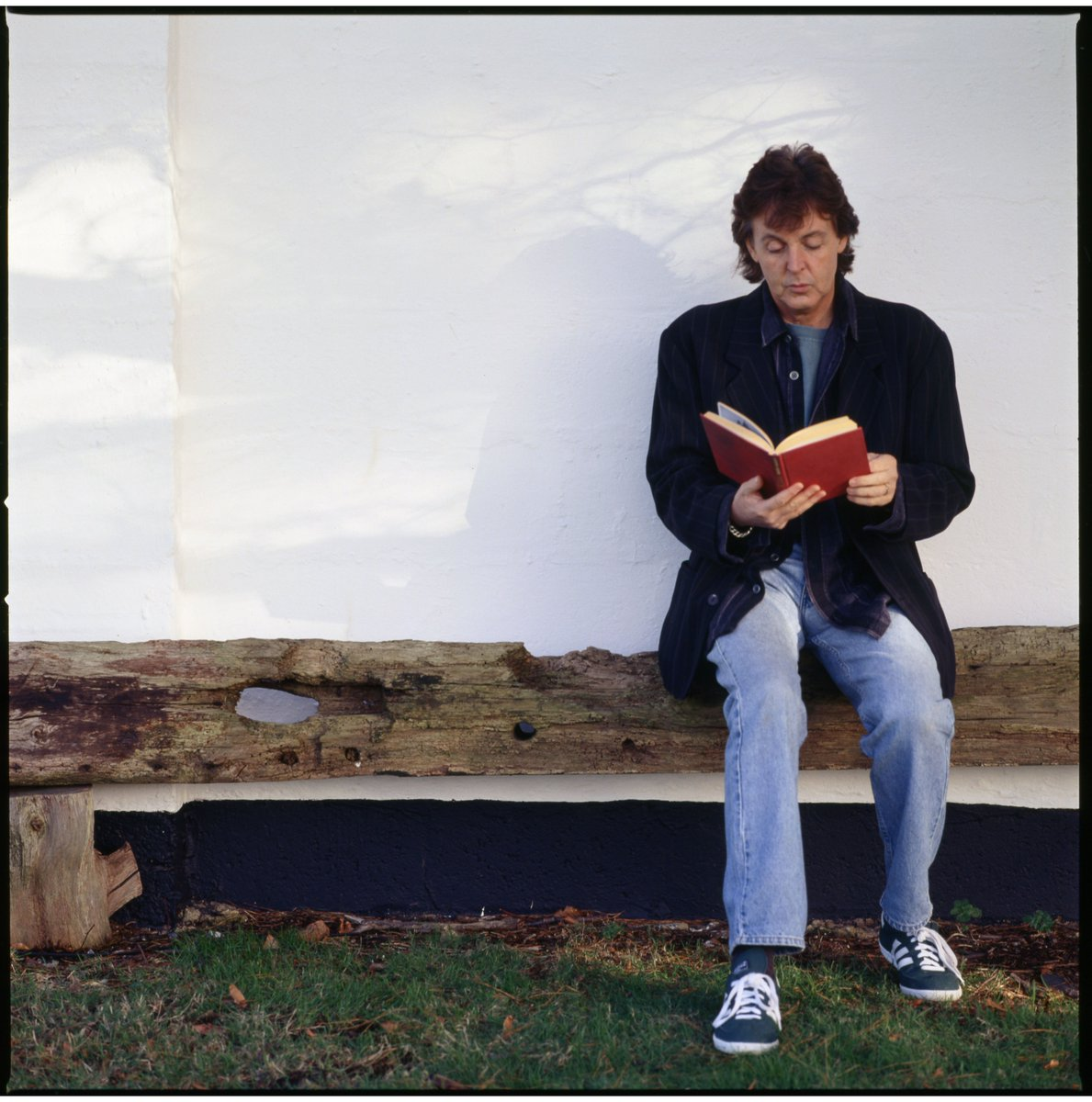Paul McCartney On Twitter Love That Book Happy Lovers Day NationalBookLoversDay