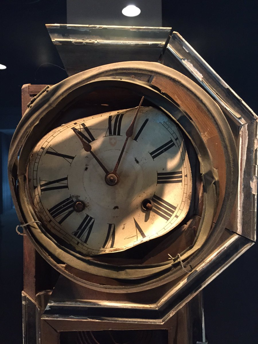 A clock at the Atomic Bomb Museum in #Nagasaki. Frozen at 11:02. The time the bomb levelled the city Aug. 9 1945. https://t.co/7a2zxN67uH