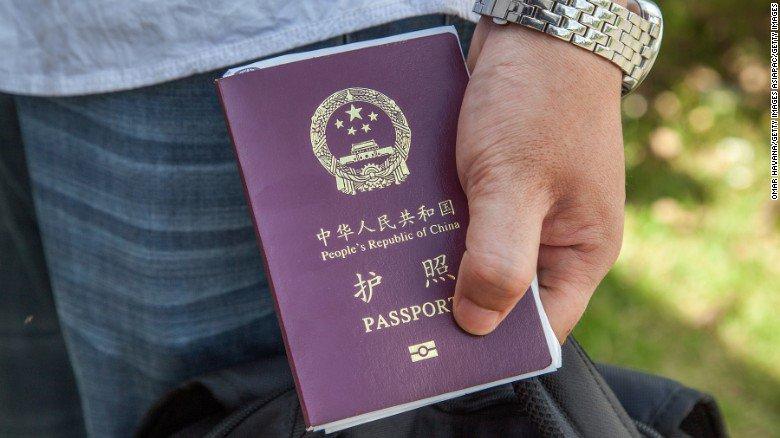 Turista cinese recluso in un centro di accoglienza per migranti, per errore