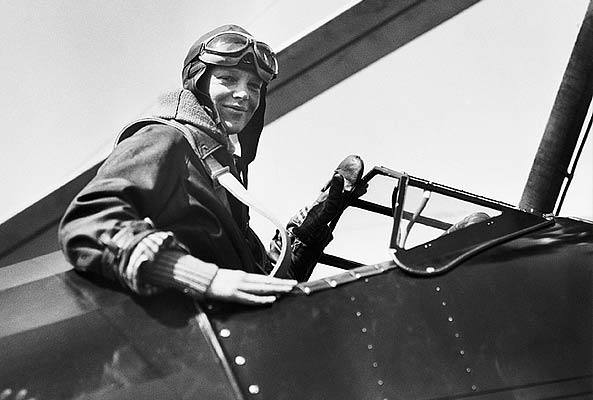 Today In Science History: Amelia Earhart became the first woman to fly non-stop across the US in 1932. https://t.co/WJ1AaDCnLu