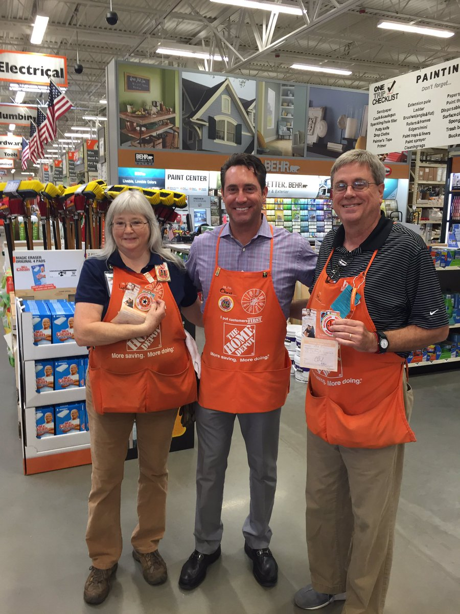 Oxford Al Home Depot On Twitter Great Visit With Cwwaits Today Including Awesome Associate Recognition D78strong 1sherredavis Dani C Clarke
