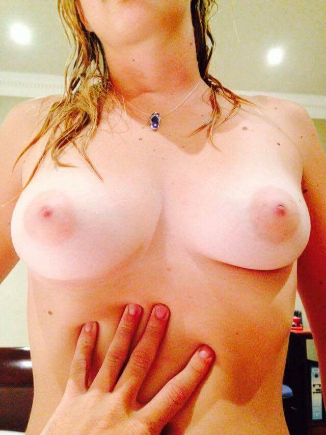 Nude Selfie 7738