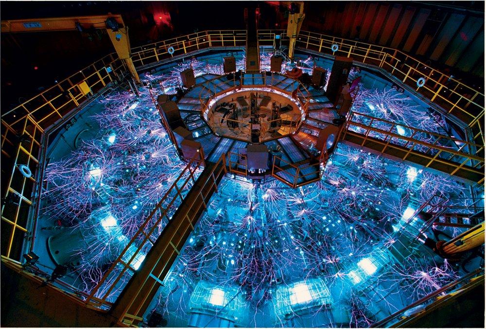先進物理の実験装置の人間が踏み入れちゃあかん装置感すごい好き