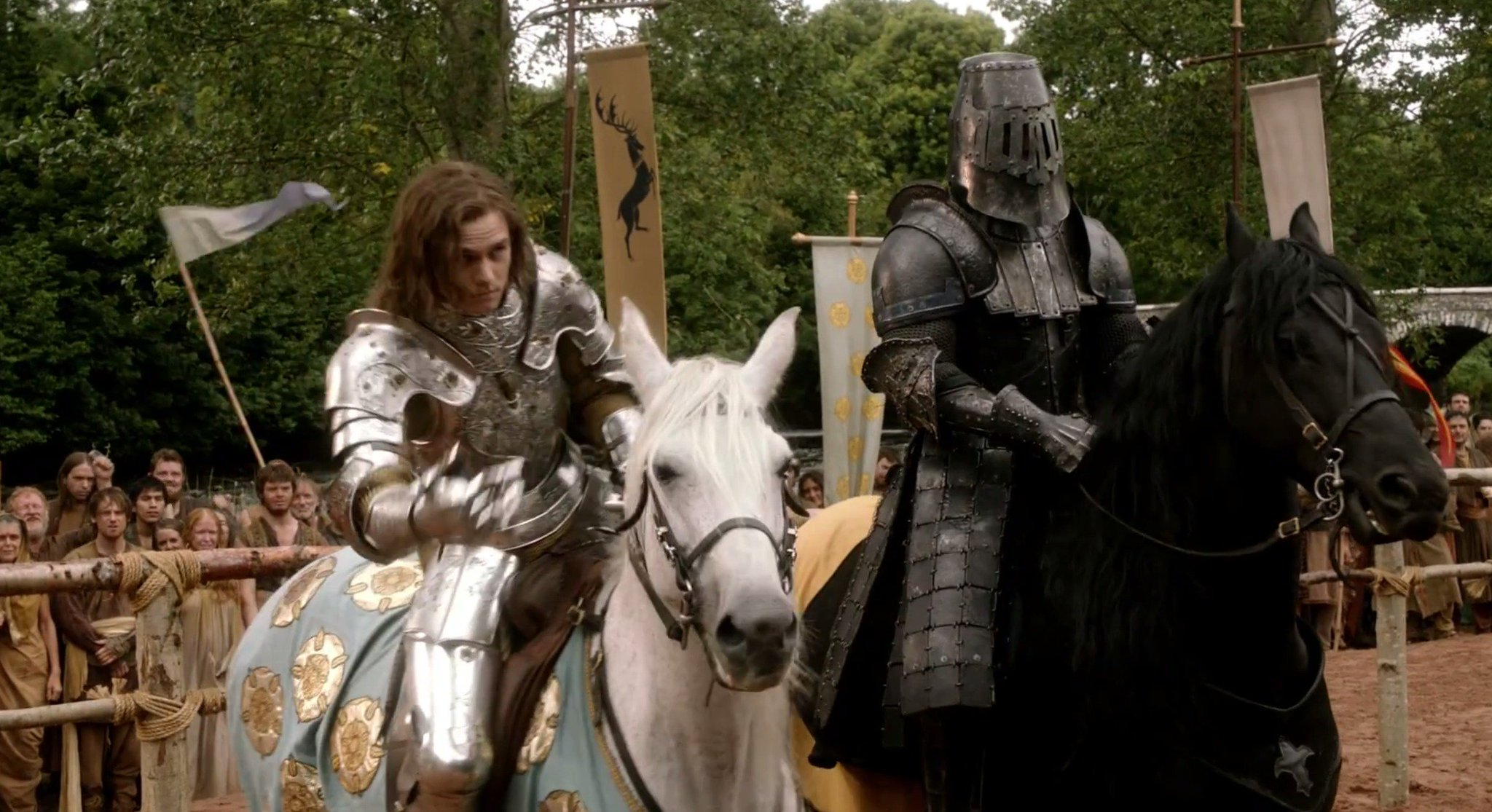 Loras is set up to fight The Mountain, who's horse seems like it's out of control. Loras' smirk intensifies. https://t.co/xBVWpzl4Xh