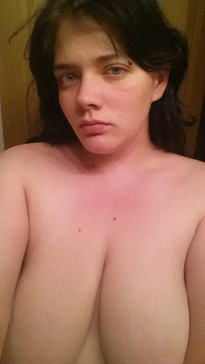 Nude Selfie 7747