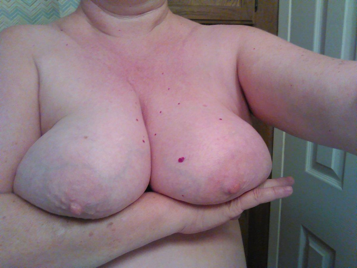 Nude Selfie 7679
