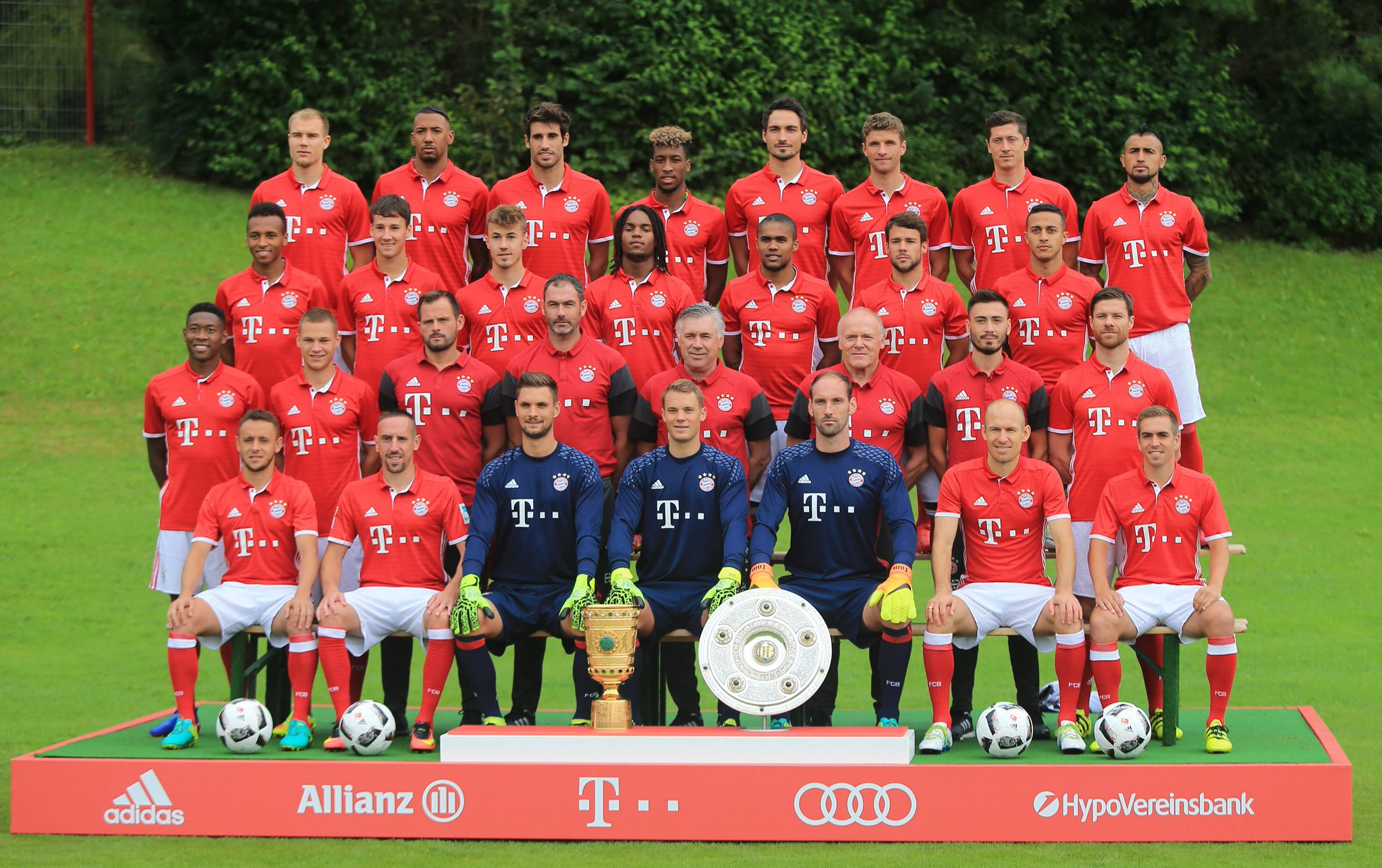 fc bayern m nchen on twitter miasanmia 2016 2017 https. Black Bedroom Furniture Sets. Home Design Ideas