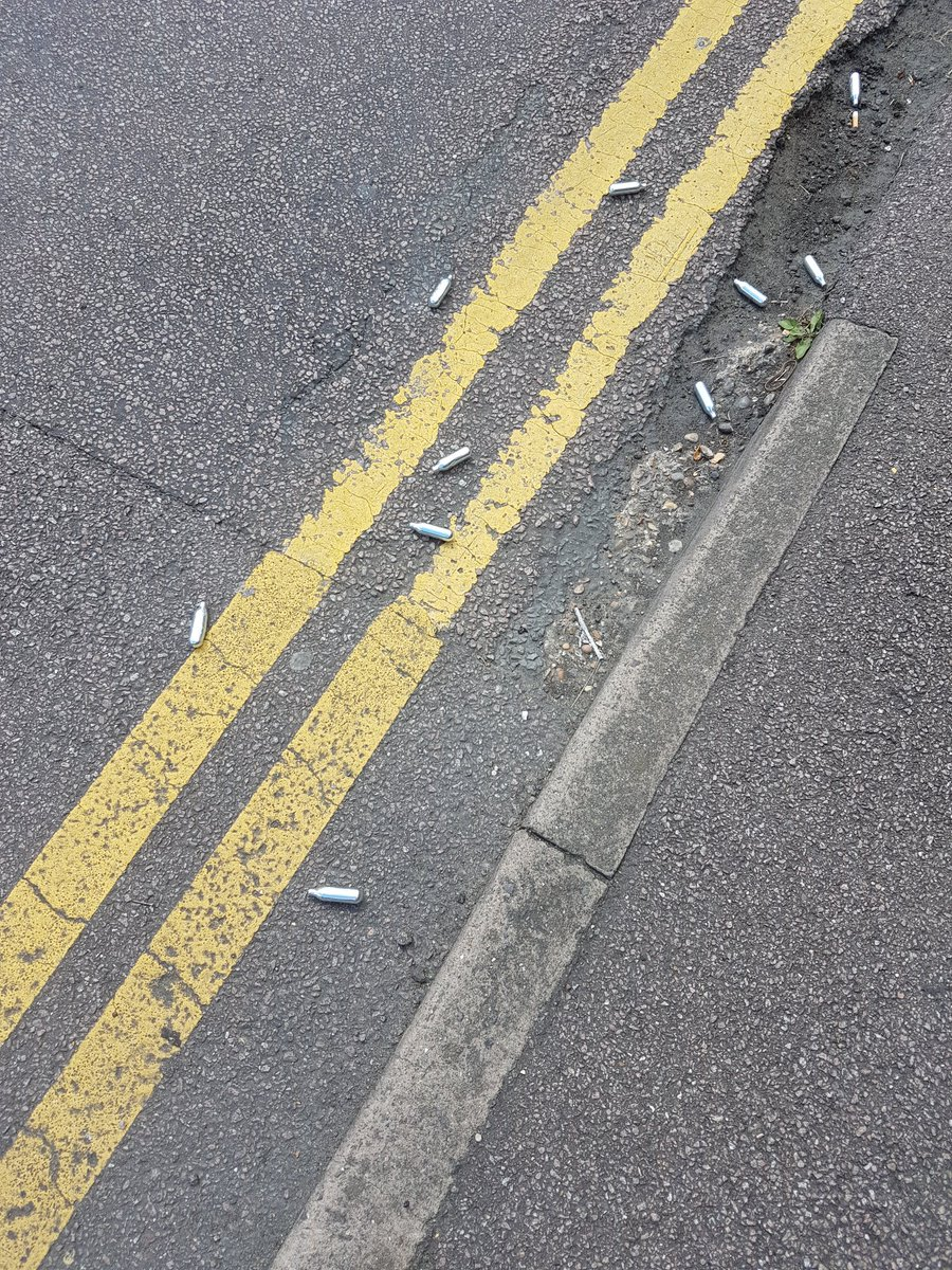 Can any one tell me what this cylinders are  laying in the street . I have seen clusters of these before https://t.co/cXckPpMHuJ