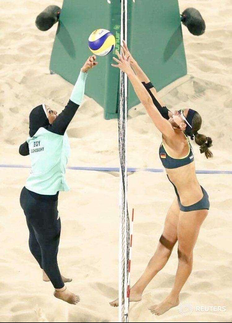 Fotos per la historia de #Rio2016 l'olimpisme encara serveix com a punt de contacte de móns oposats https://t.co/yuYNx0Lxiq