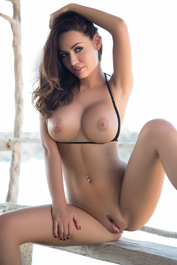 Top 5 naked girls