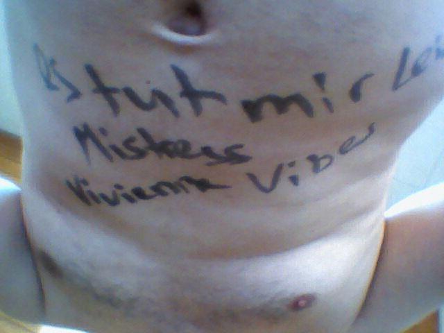 One of my lucky mutts #chastityslaves #fincucks hahaha 😂 @RT4tat2 @RTpig @findommes @womenruleonly @rtdumb