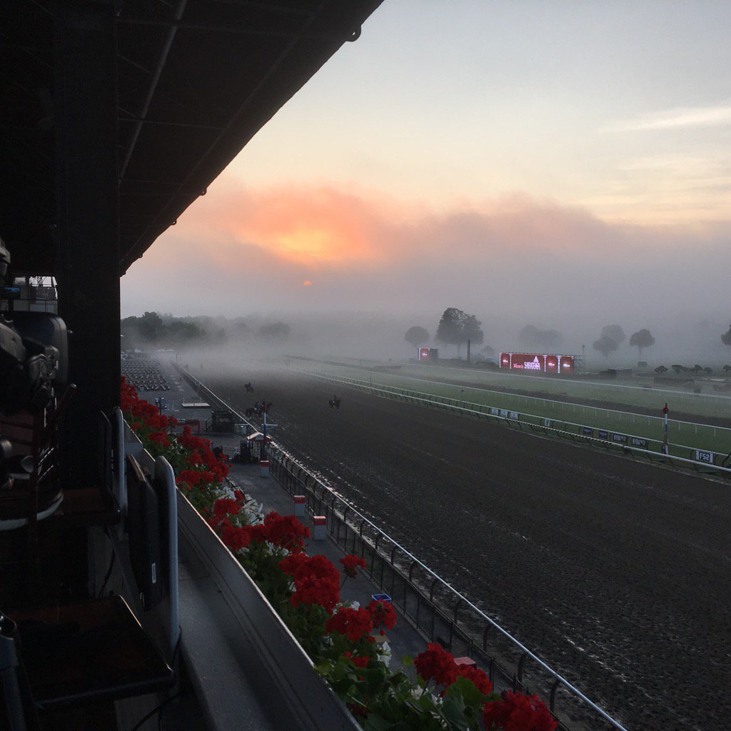 Sun coming out from over the fog #spa16 https://t.co/ufNdtWHu3P