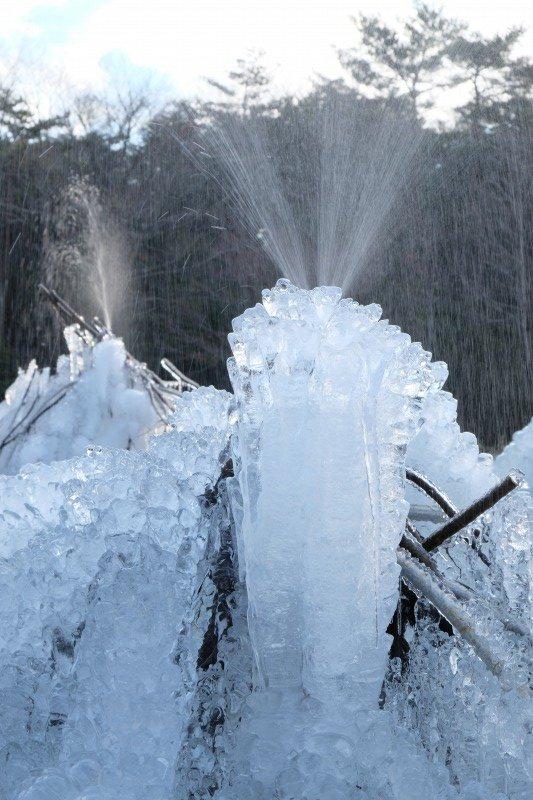 蔵出し>納涼、1月上旬の #西湖 #野鳥の森公園 #樹氷祭り https://t.co/ebnwSjuTFz