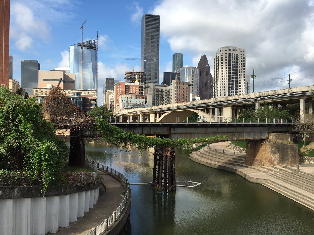 Good morning, Houston. View from the hike & bike trail at @uhdowntown, home to our #Intersections2016 conference https://t.co/44nqlrkk0C
