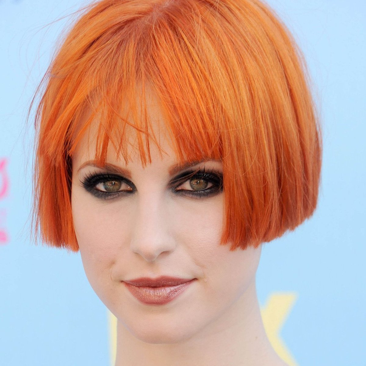 Paramore On Twitter Hayley Williams Debuted Her Ultra Short Bob
