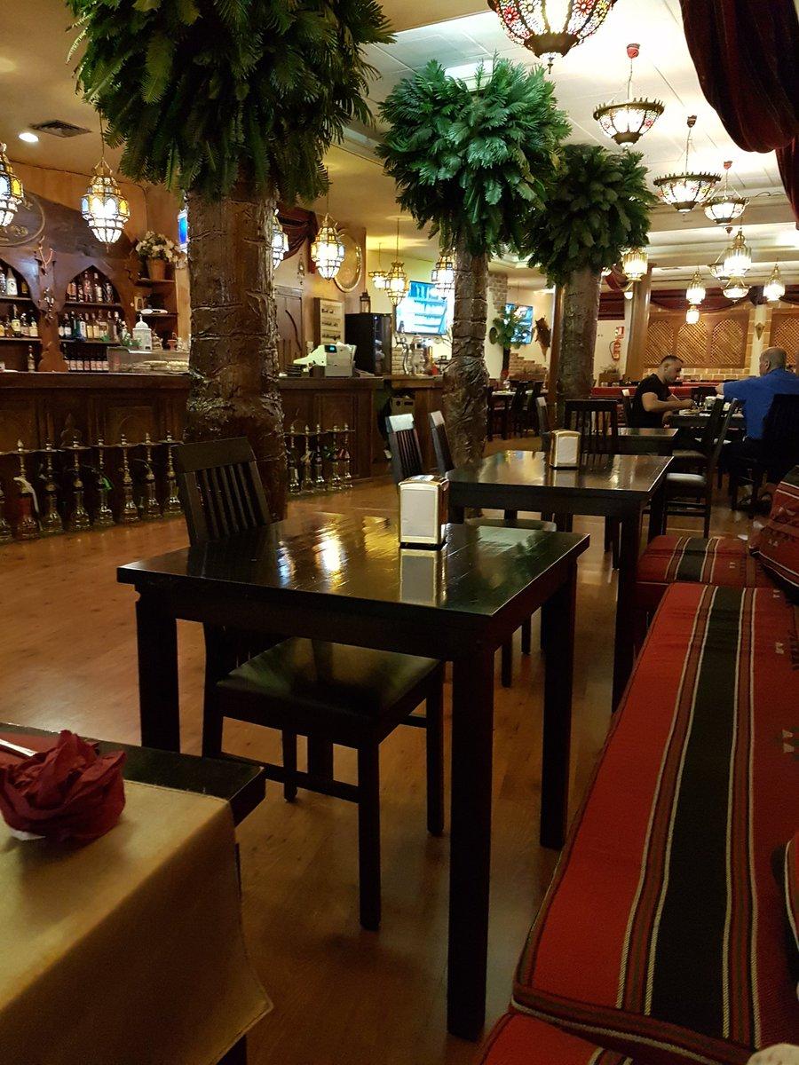 حكاية مطعم البوادي بشيكاغو