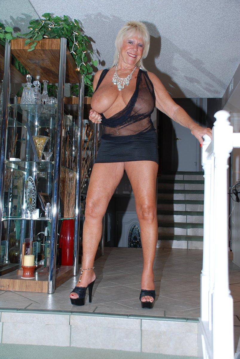 Paula radcliffe naked
