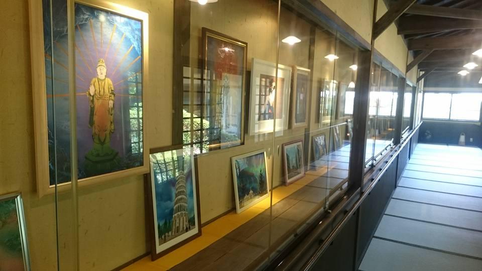 8月10日より、スプレーアート作者の藤永勝成さんの作品展を、グランドホテルのギャラリーにて展示してます。ぜひ、入浴に来られた際には、観賞してはいかがでしよう!  #一の俣温泉 #スプレーアート #藤永勝成 #温泉 #観光 #拡散希望 https://t.co/IYluJBImbH
