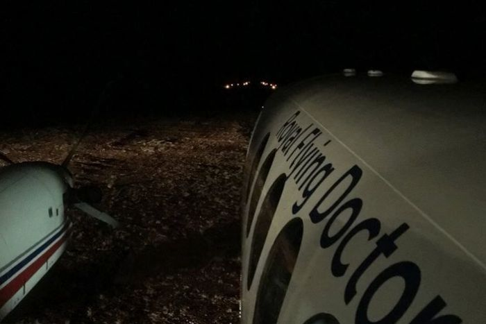 .@RoyalFlyingDoc use flaming toilet rolls to light up remote airstrip https://t.co/6yYNPcg27c https://t.co/gBPRc1nFog