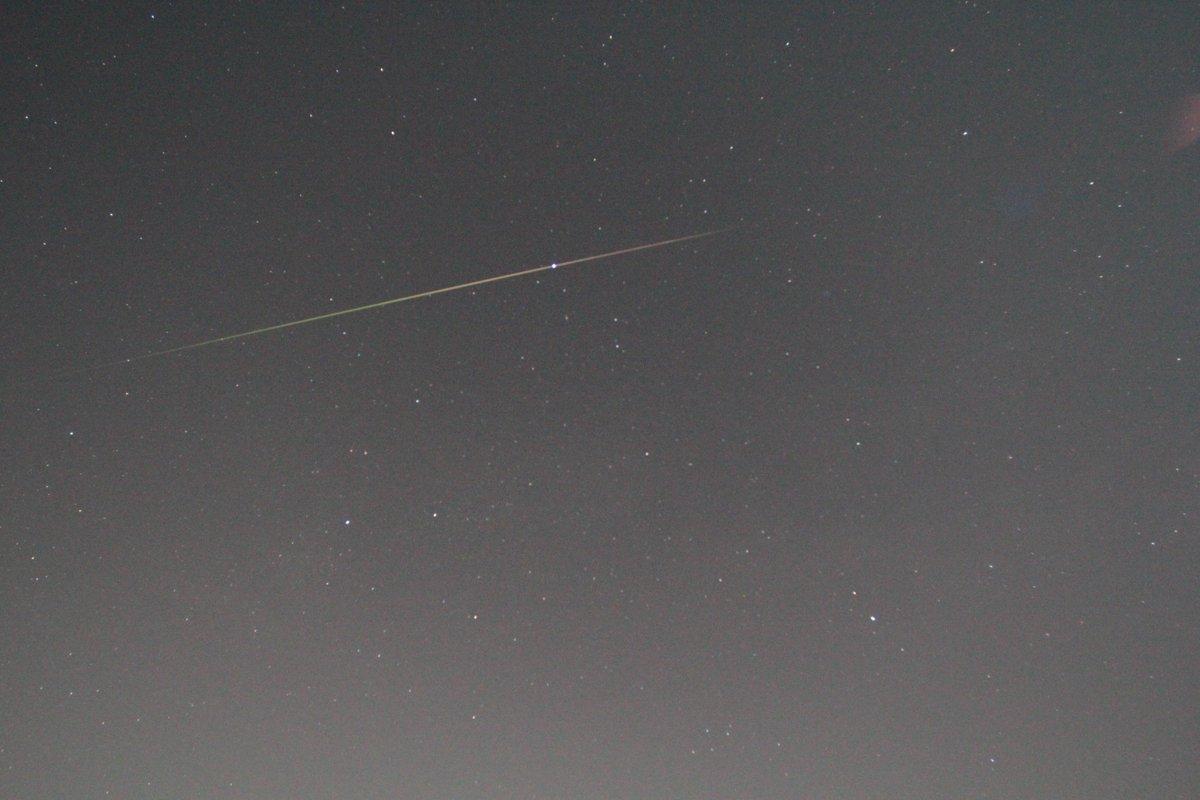 【速報】先ほど仙台市天文台で明るい流星の撮影に成功しました!この後22時まで観察会開催します(^ ^)/☆ #ペルセウス座流星群 https://t.co/FXBYA9hCHv