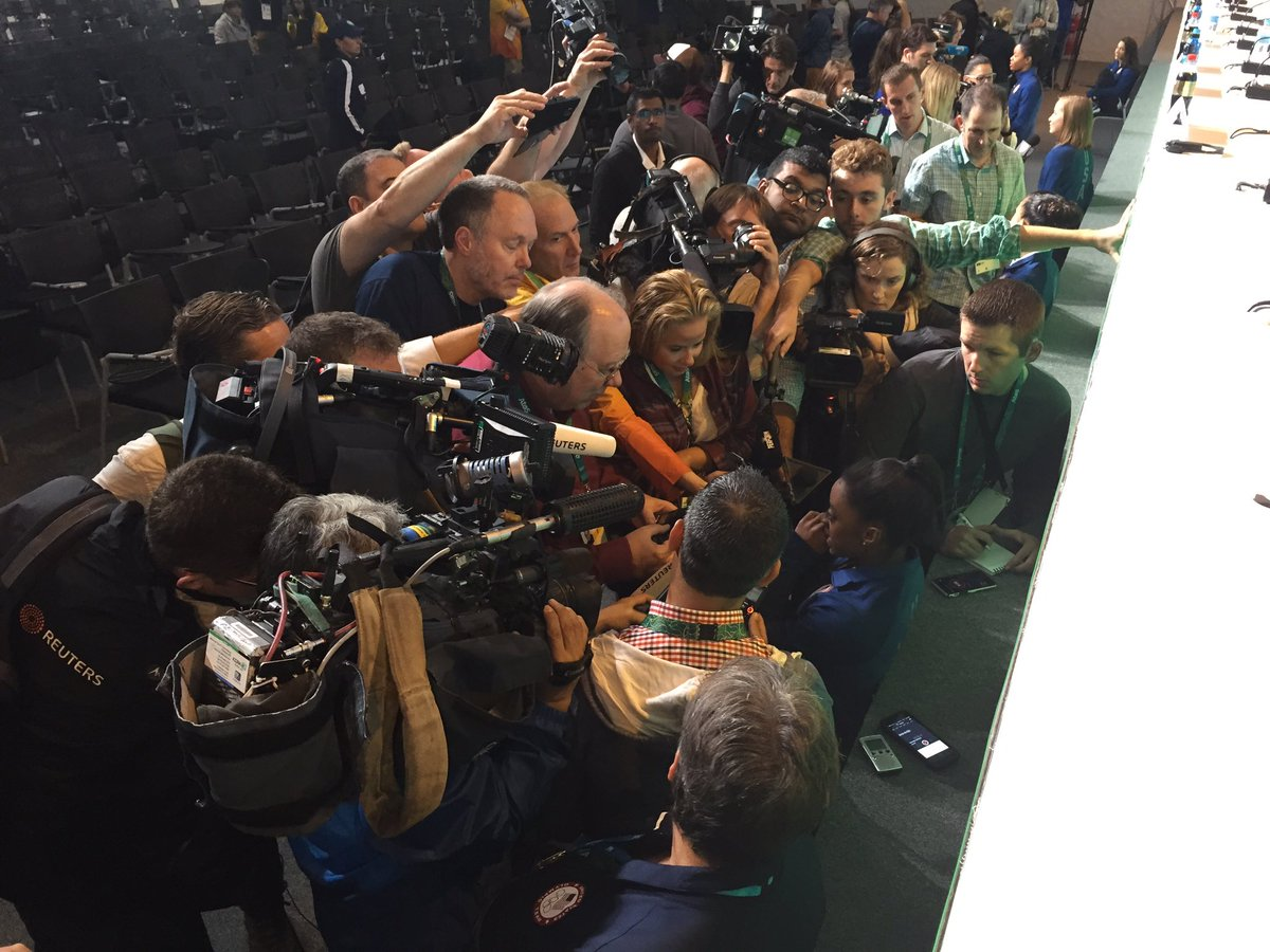""".@Simone_Biles is 4""""9 and totally trapped by a 6 ft wall of journalism. #GoldMedalistProblems #RoadToRio https://t.co/fqfeqg4EeS"""