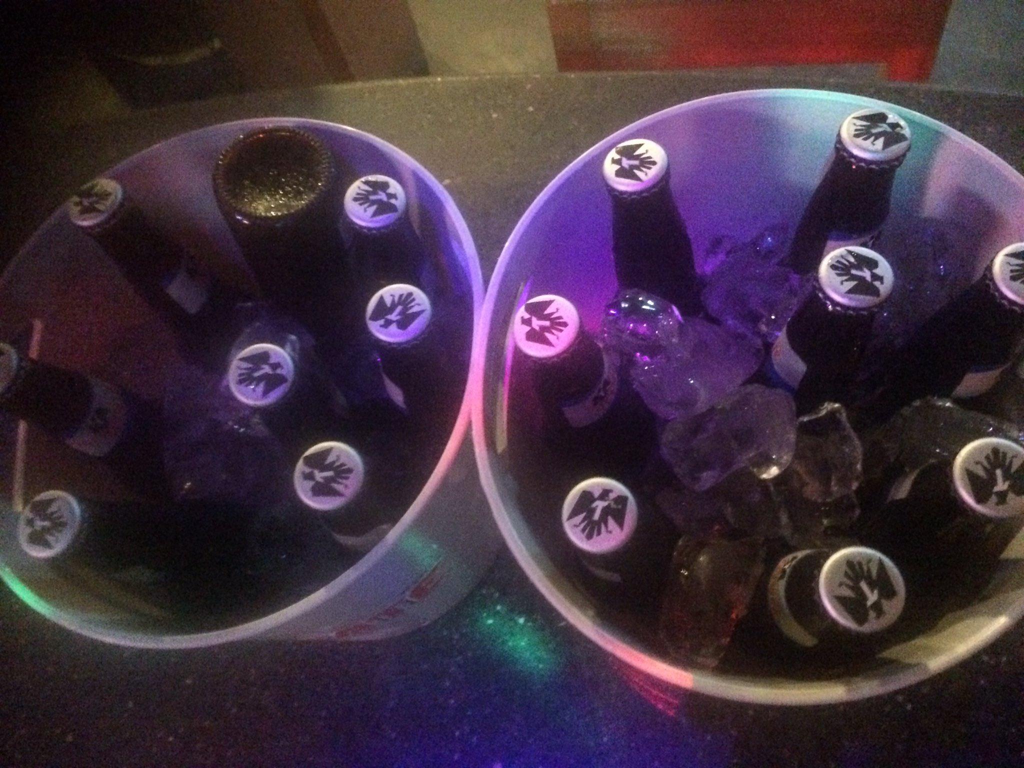 Las Adelitas Del Sur On Twitter Cubetazo De 8 Cervezas Tecate