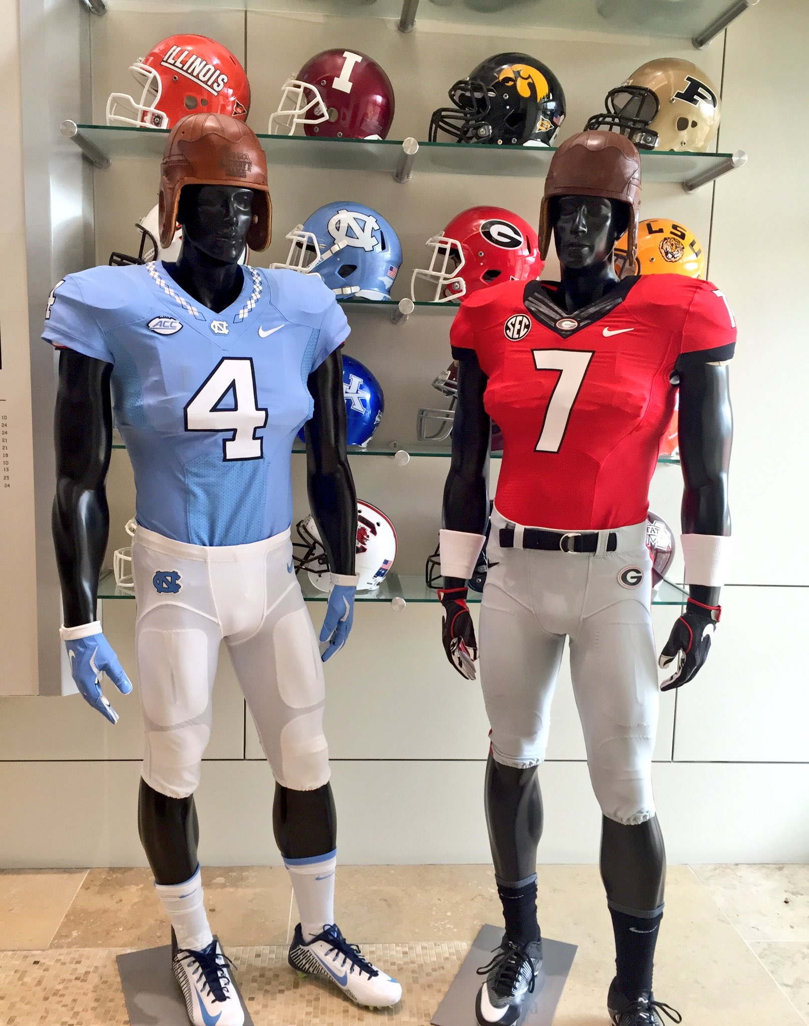e0692453a  TarHeelFootball    FootballUGA will both wear home jerseys for   CFAKickoff.  HomeAndHome…