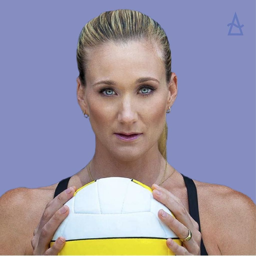 Mother. Wife. Olympian. These three things only begin to define @kerrileewalsh. Join us in watching #summitatsea sp… https://t.co/Kww8Iujart