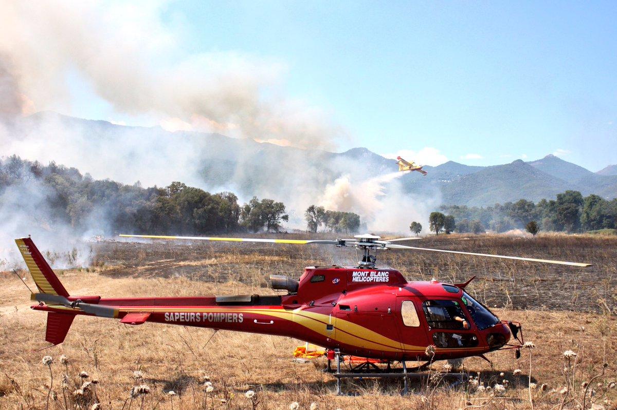 Images #feu #PrunelliDiFiumorbu 8/08/16 #Corse #Pompiers #Canadair #HBE #hélicoptère #Faune #environnement #incendie <br>http://pic.twitter.com/imWpcOkVYg