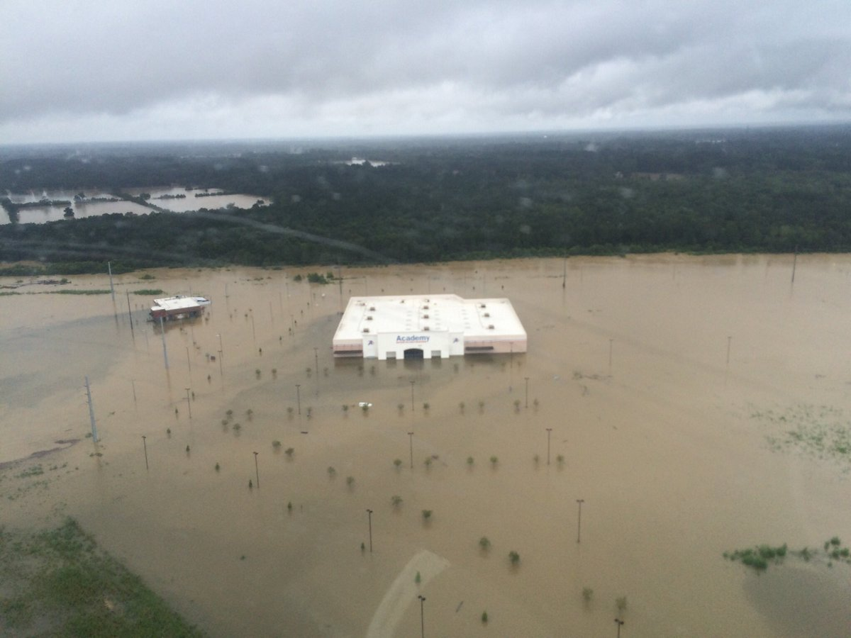 Brandon Landry On Twitter Our Brand New Restaurant Walk Ons At Juban Crossing Is Now Under Water Sad Sight To See