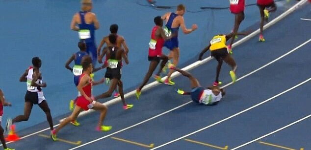 Athlete @Mo_Farah showed the world that if you have a goal, no fall should stop you. He fell and still won the game! https://t.co/gc9uNEXIHU