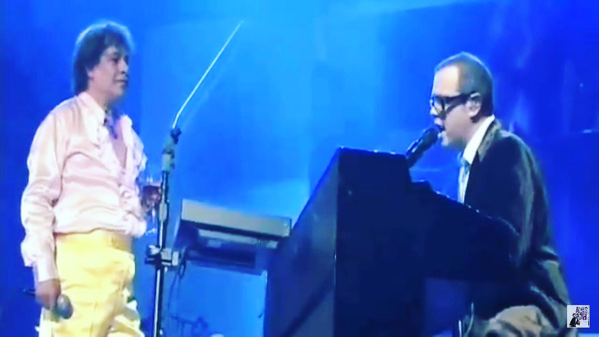 Querido Juan Gabriel, dejas una huella imborrable en el corazón y en la música mundial QPD #juangabriel https://t.co/xVRcOTMUF0
