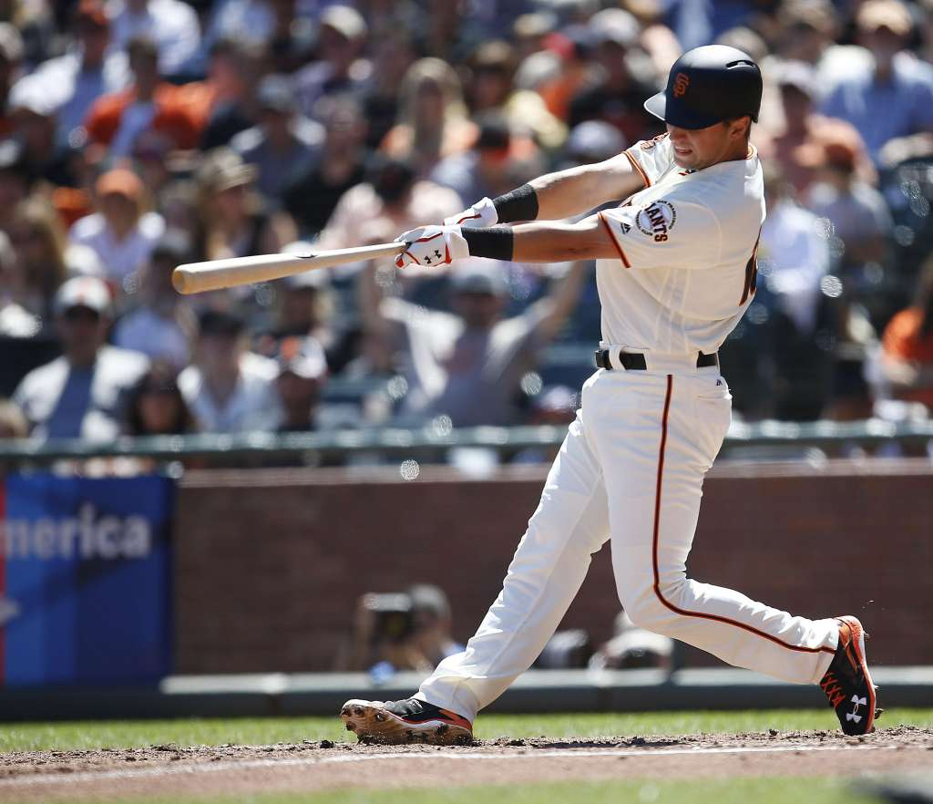 Giants go power crazy and rout Braves for rare series win