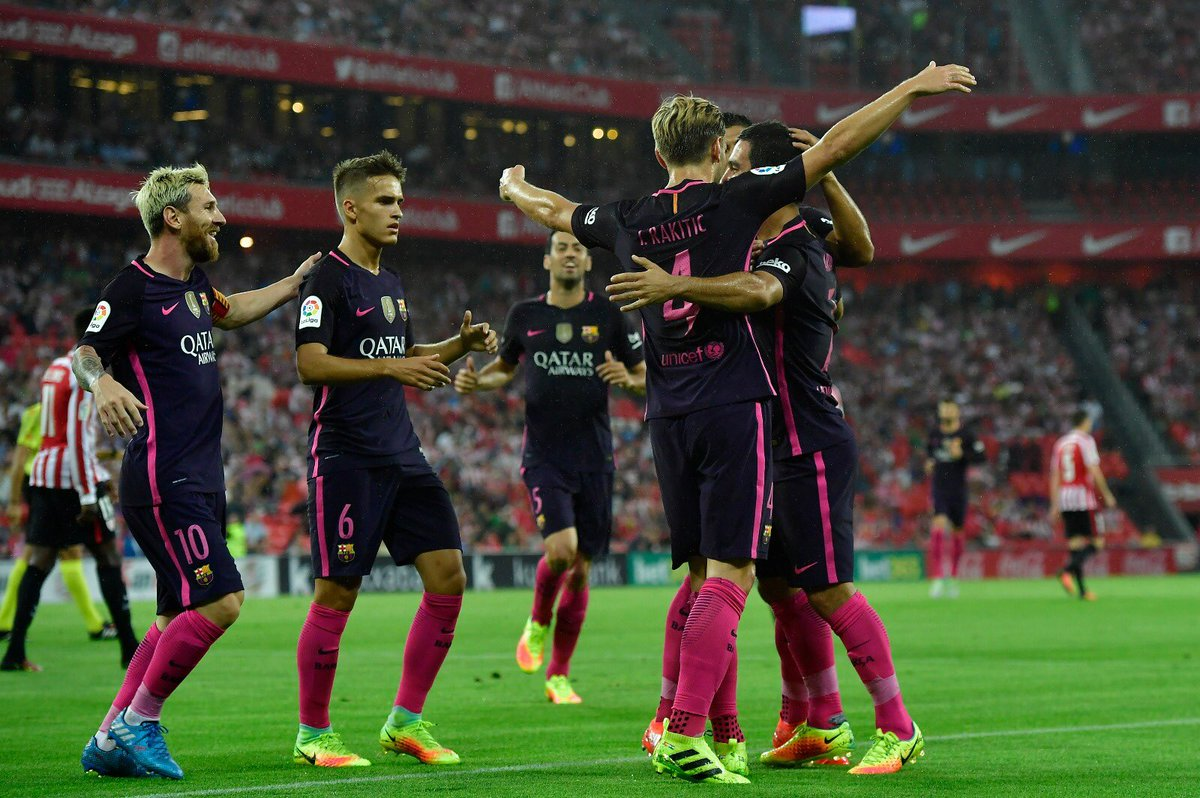 FC Barcelona Players Celebrating Scoring against Athletic Bilbao