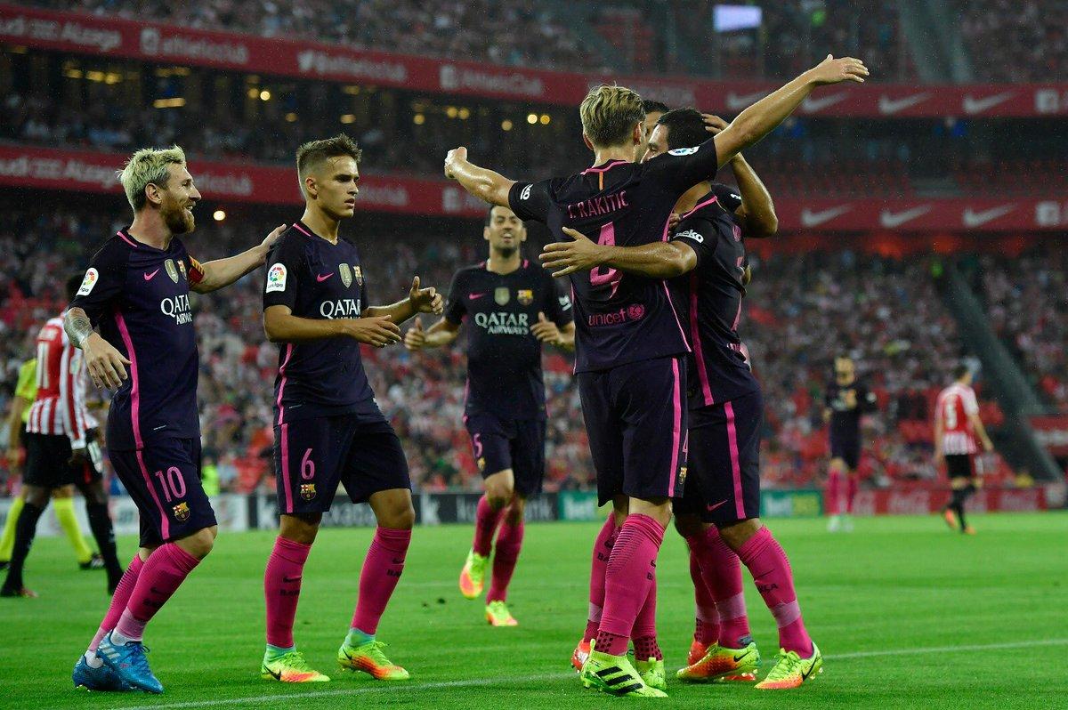 FC Barcelona Players Celebrating Scoring against Athletic Bilbao