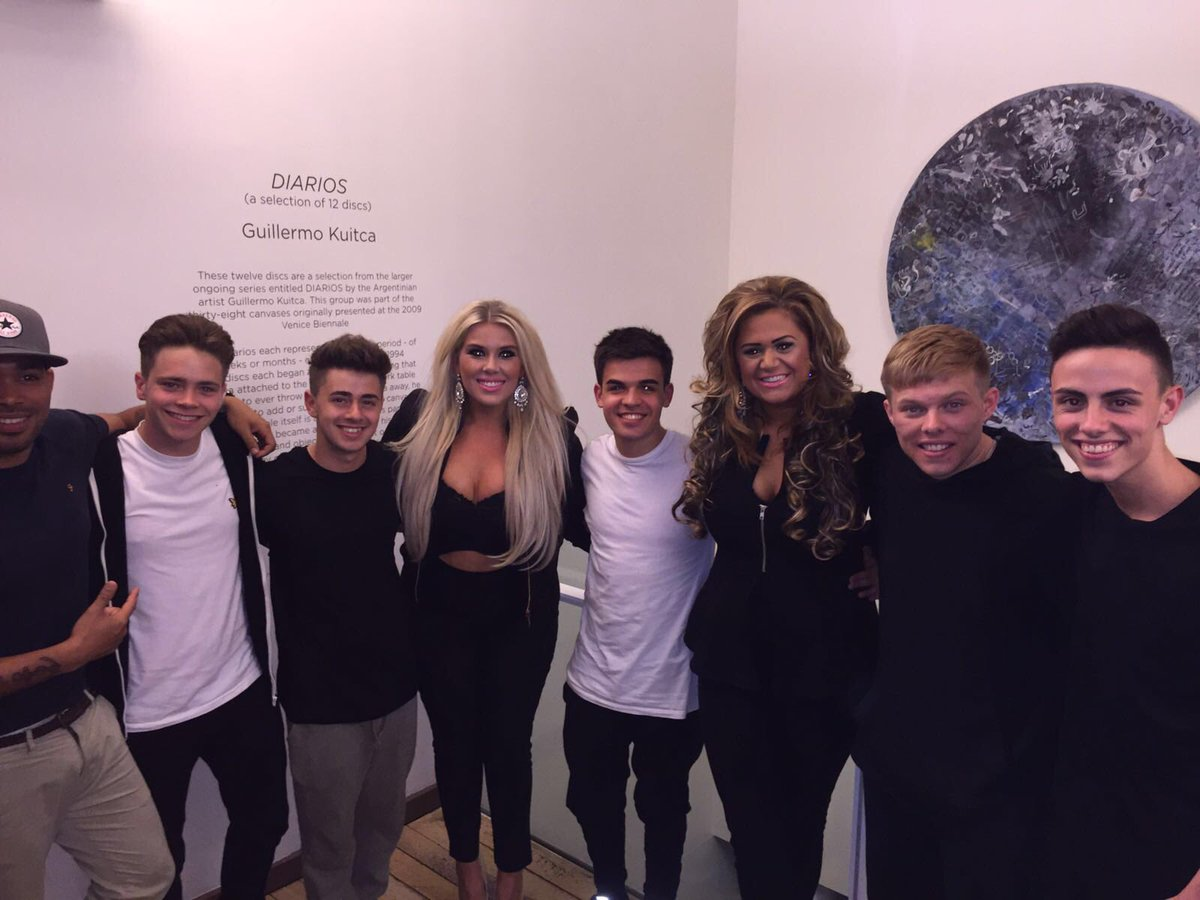@YESLADBAND YESSSSSS LADDDD!!!!!!!!! Lovely to meet you boys! Good luck with the rest of your journey!!!
