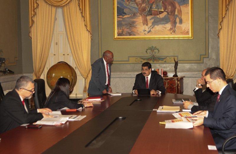 Presidente Maduro encabeza encuentro con el Consejo de Vicepresidentes