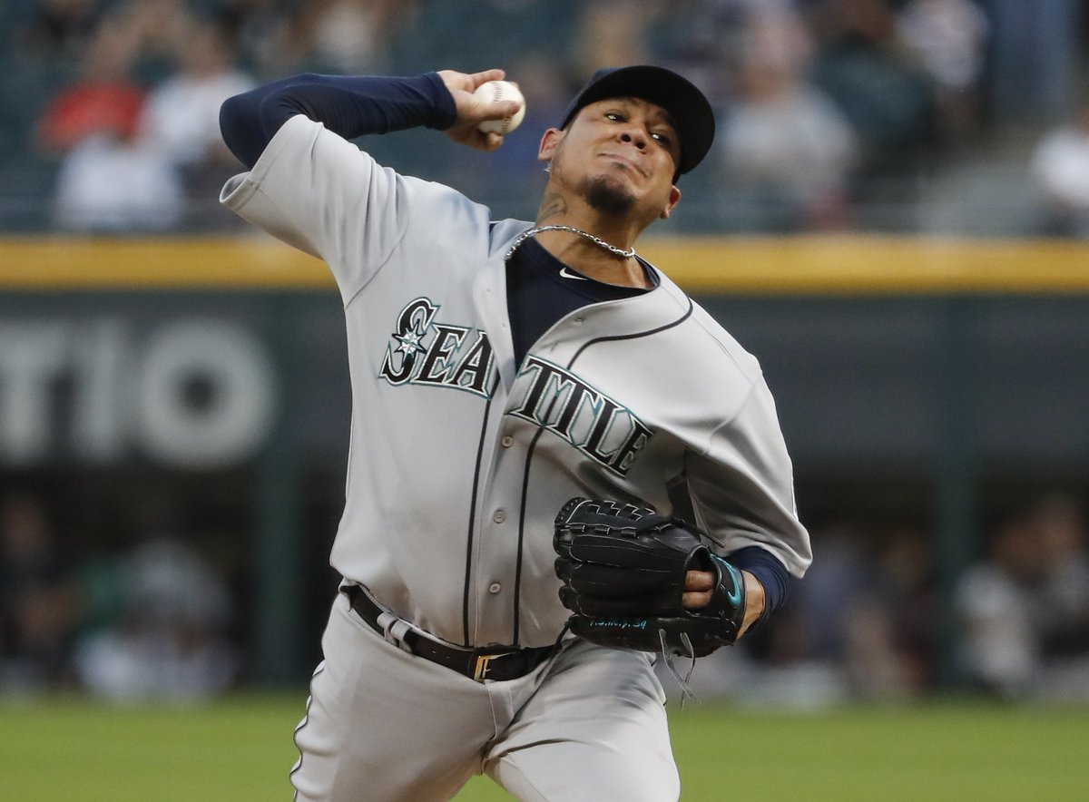 FINAL: King Felix leads Mariners to 3-1 win over Chris Sale and the White Sox.