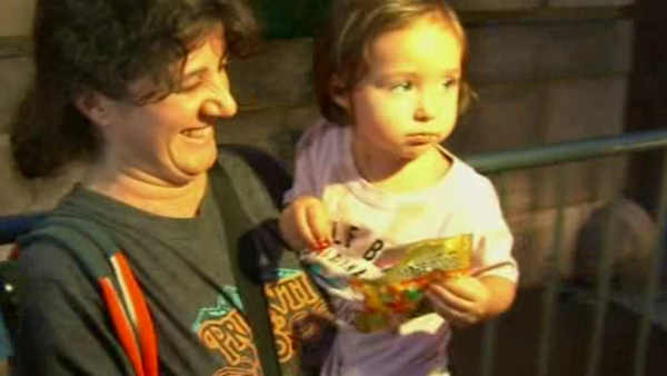 3-year-old girl reunited with mother after her disappearance sparked an Amber Alert