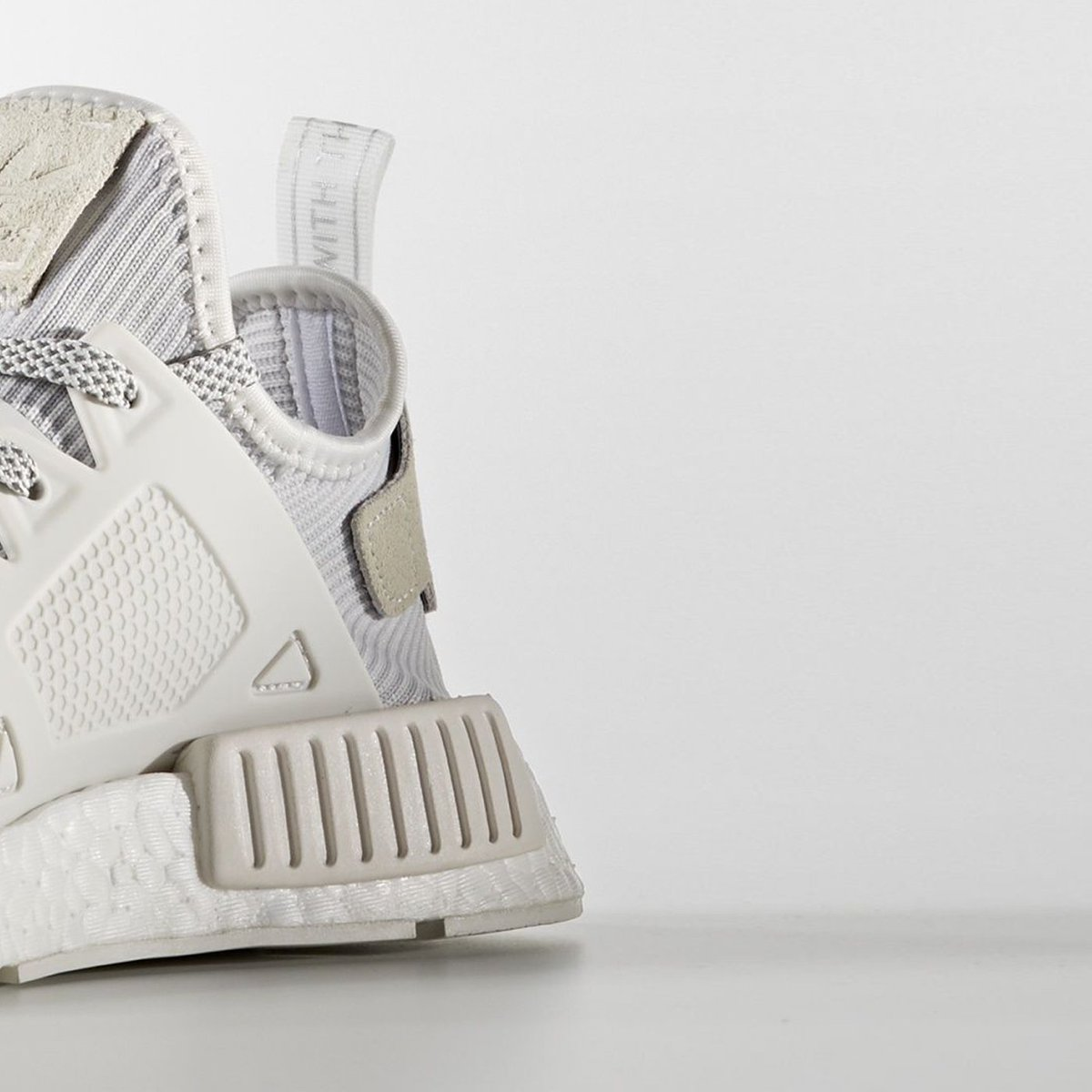 Susi Store On Twitter Adidas Nmd Xr1 Triple White Online