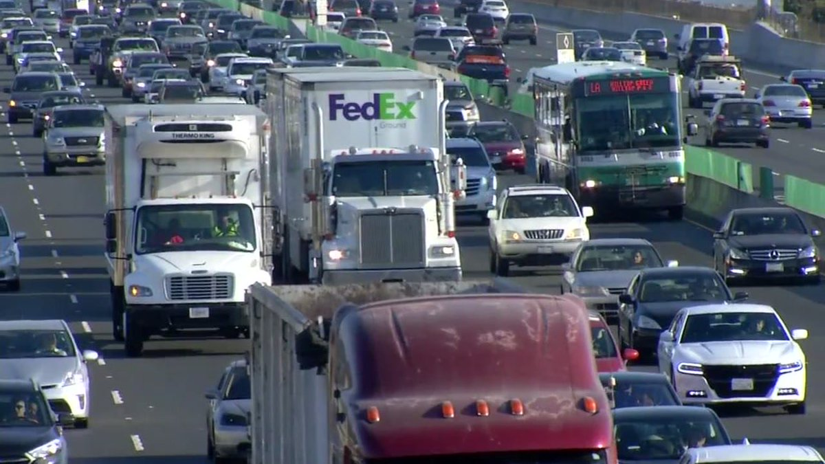 There's a move to ensure big rigs travel the speed limit using an electronic device.