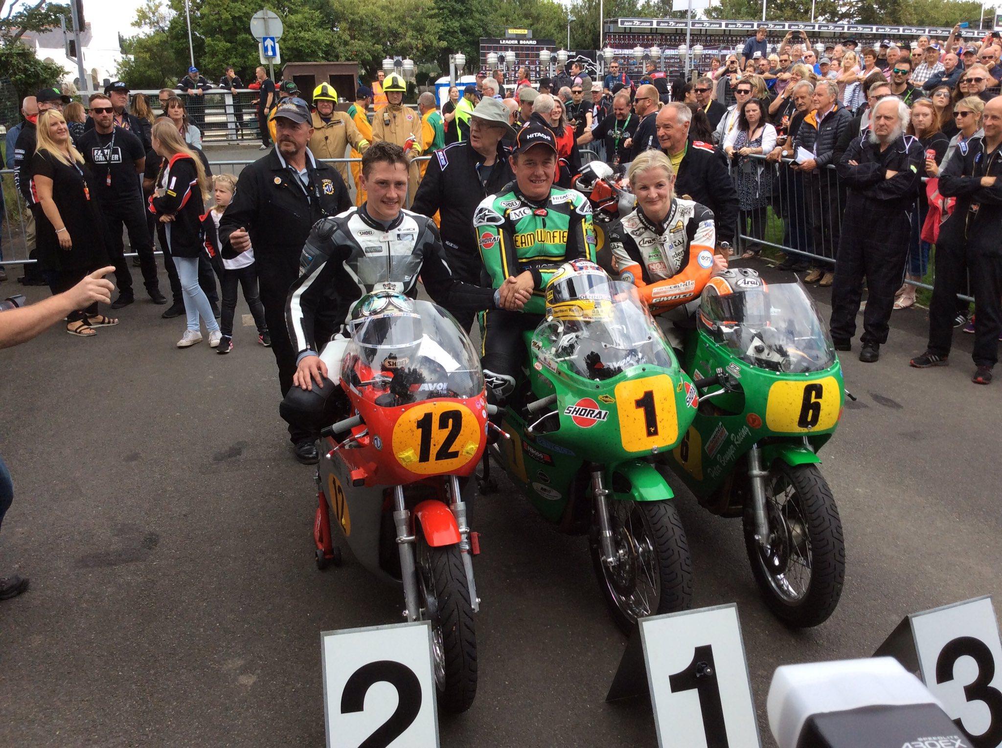 [Road Racing] CLASSIC TT ET MANX GRAND PRIX 2016 - Page 2 Cq3awauWgAA1tjc