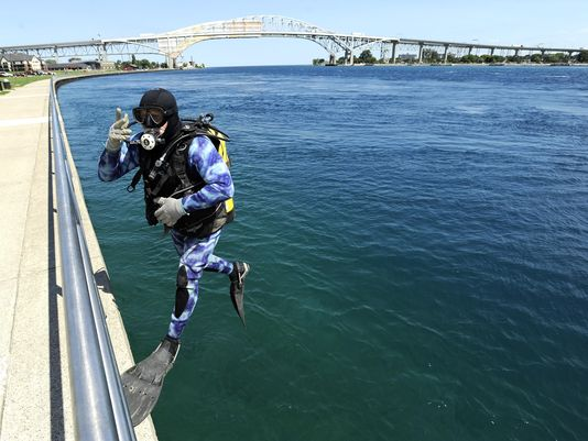Diver jumps into 'another world' in Port Huron