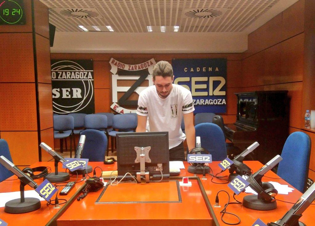 A las 20:15 comenzamos!! Ultimando preparativos para vivir el segundo partido del Real Zaragoza.