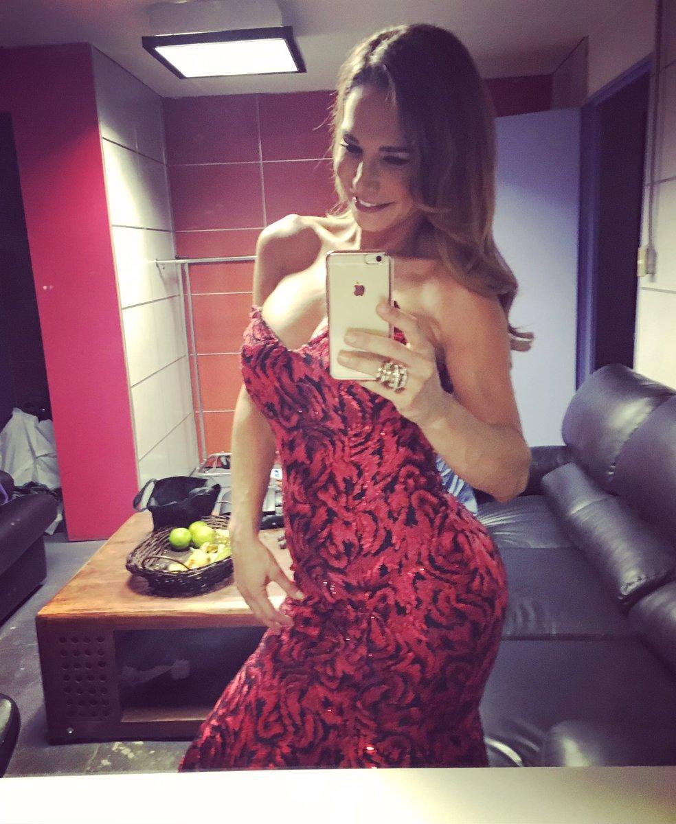 Twitter Lis Vega nudes (11 foto and video), Tits, Cleavage, Feet, bra 2017