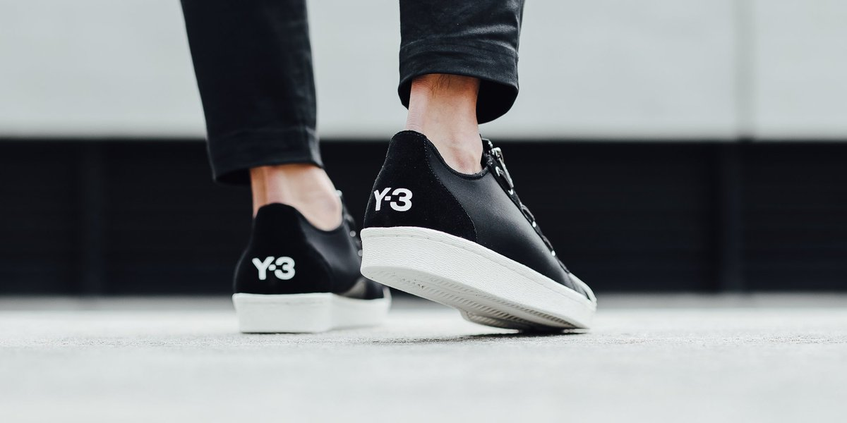 735017d44 Adidas Y-3 Super Zip  Core Black Core Black Clear White  SHOP HERE  http   buff.ly 2bViZaN  y3pic.twitter.com g2HScgLPNT