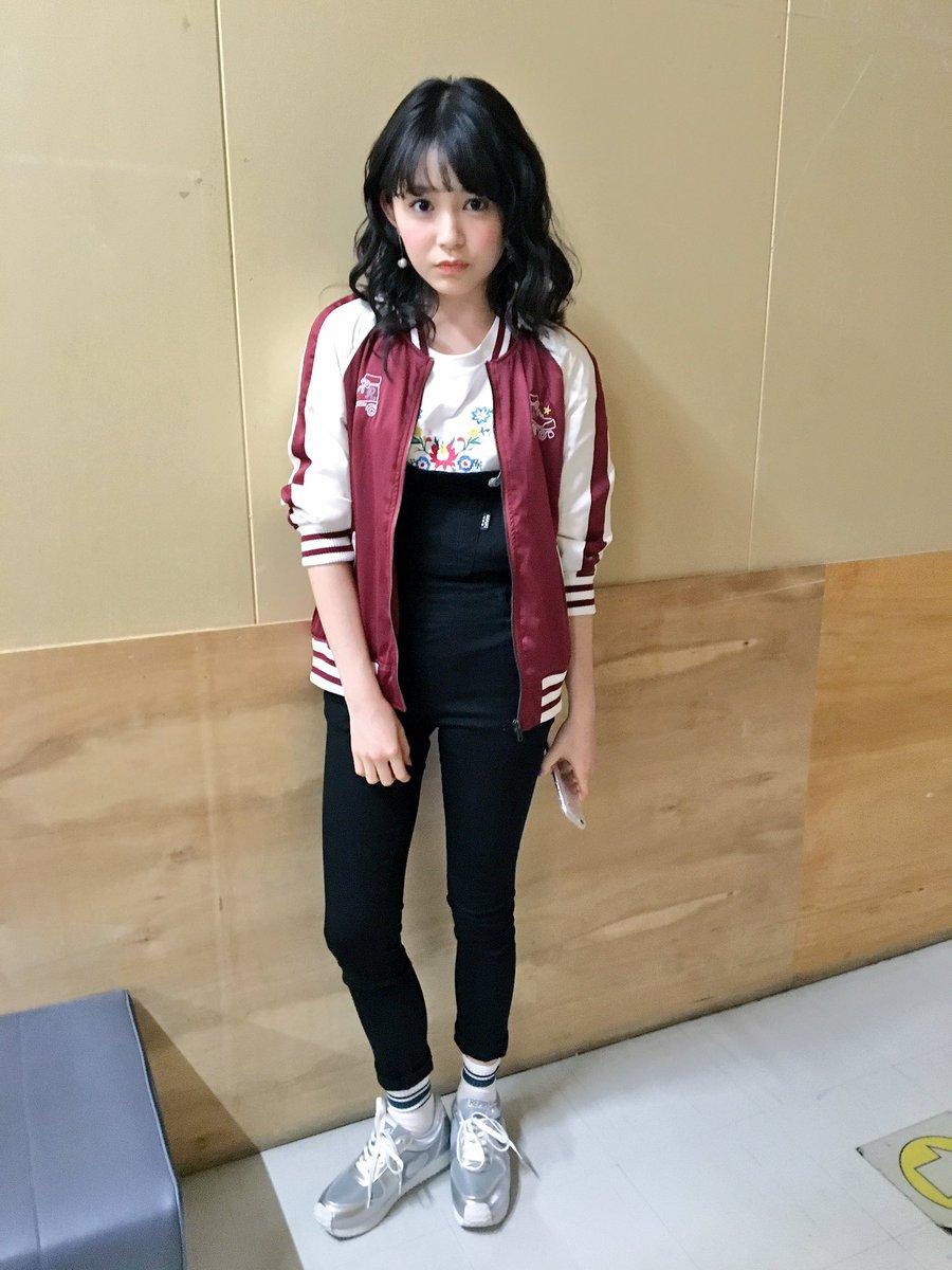 久間田琳加のロングヘア画像
