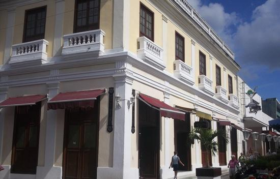 """Jetblue Bereavement Fares >> JetBlue Airways on Twitter: """"Where do Cubans eat in Santa Clara? Service to our first Cuban city ..."""