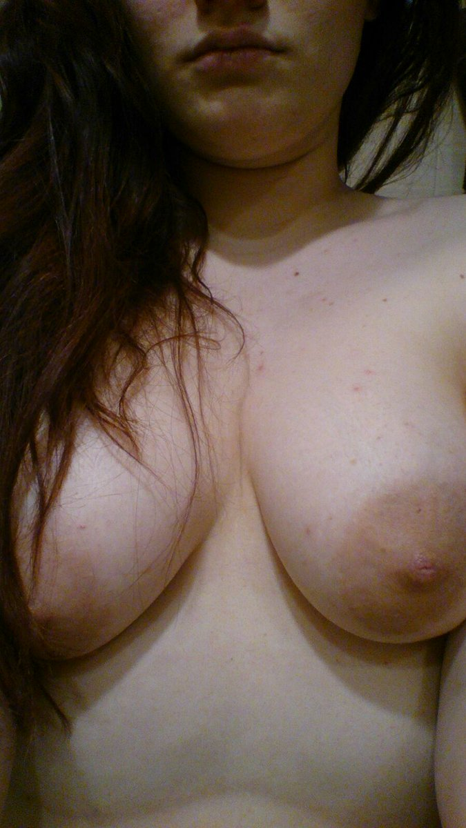 Nude Selfie 8022